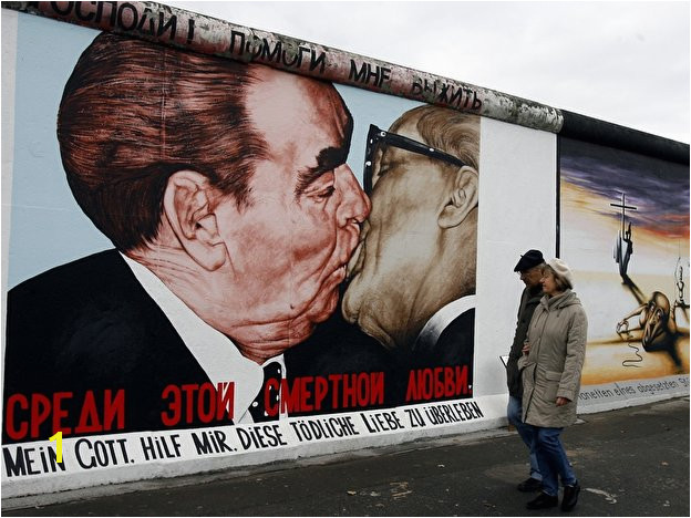 Berlin Wall Mural Kiss East Side Gallery – Berlin