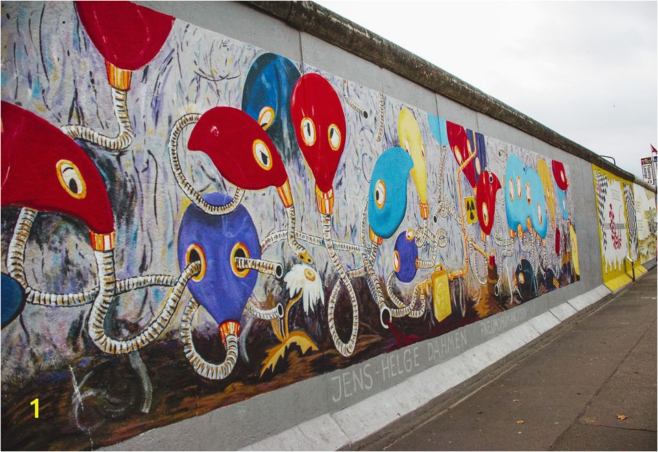 The Berlin Wall as a Piece of Art