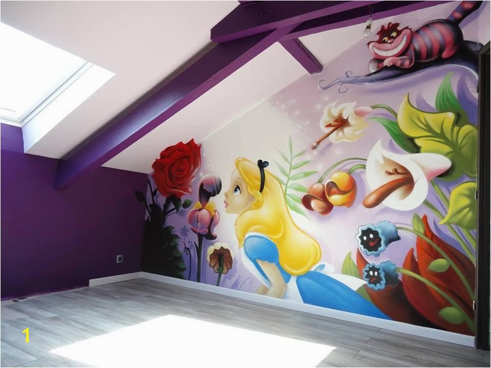 I m not a fan of Alice in Wonderland but this mural is beautiful and I m a huge fan of purple so this is a win for me