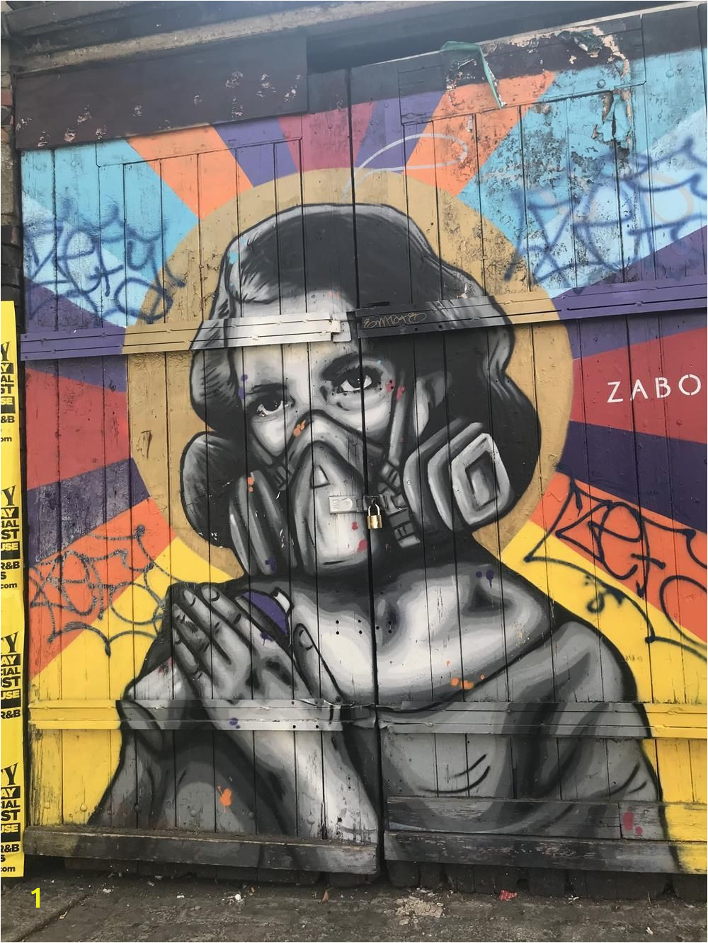 Explore the best Shoreditch street art on this behind the scenes tour shoreditch streetart graffiti murals