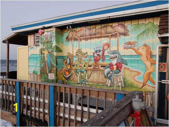 Crabby Joe s exterior mural