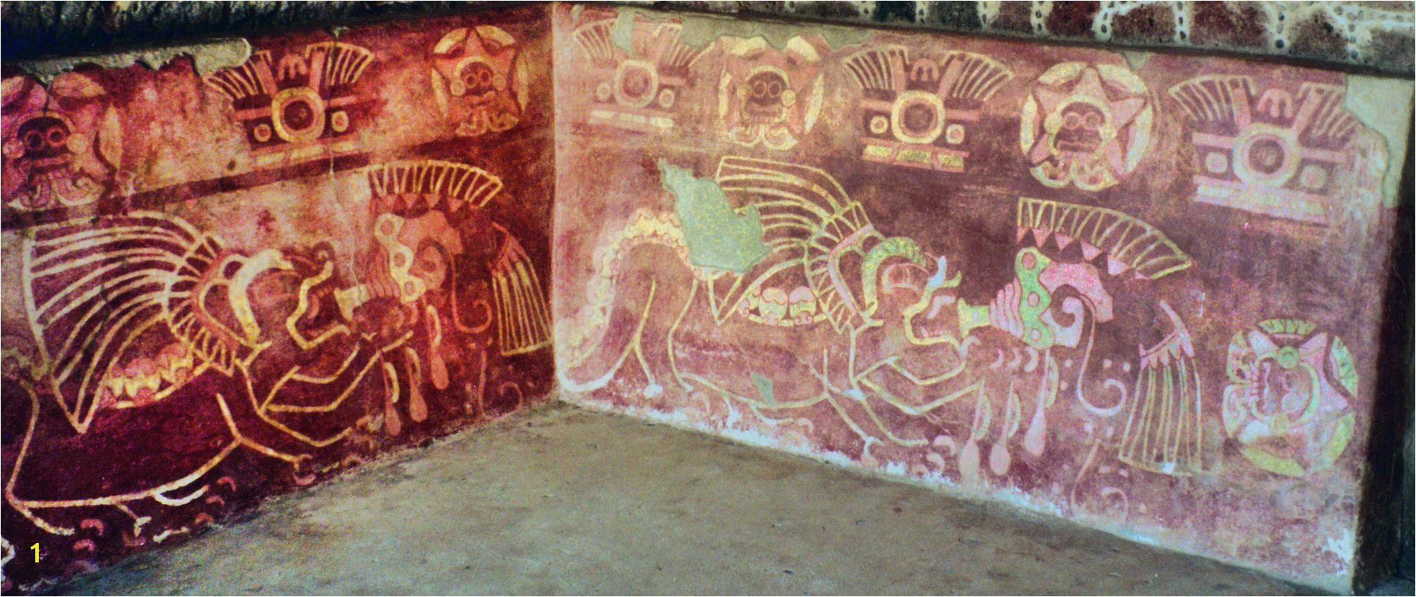 Murales del Templo de los Jaguares detrás del Palacio de