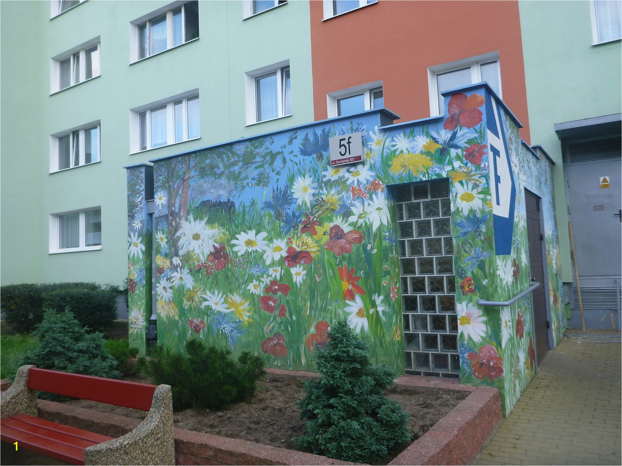 Touring the Artistic Walls Murals in the District of Zaspa Gdańsk Poland