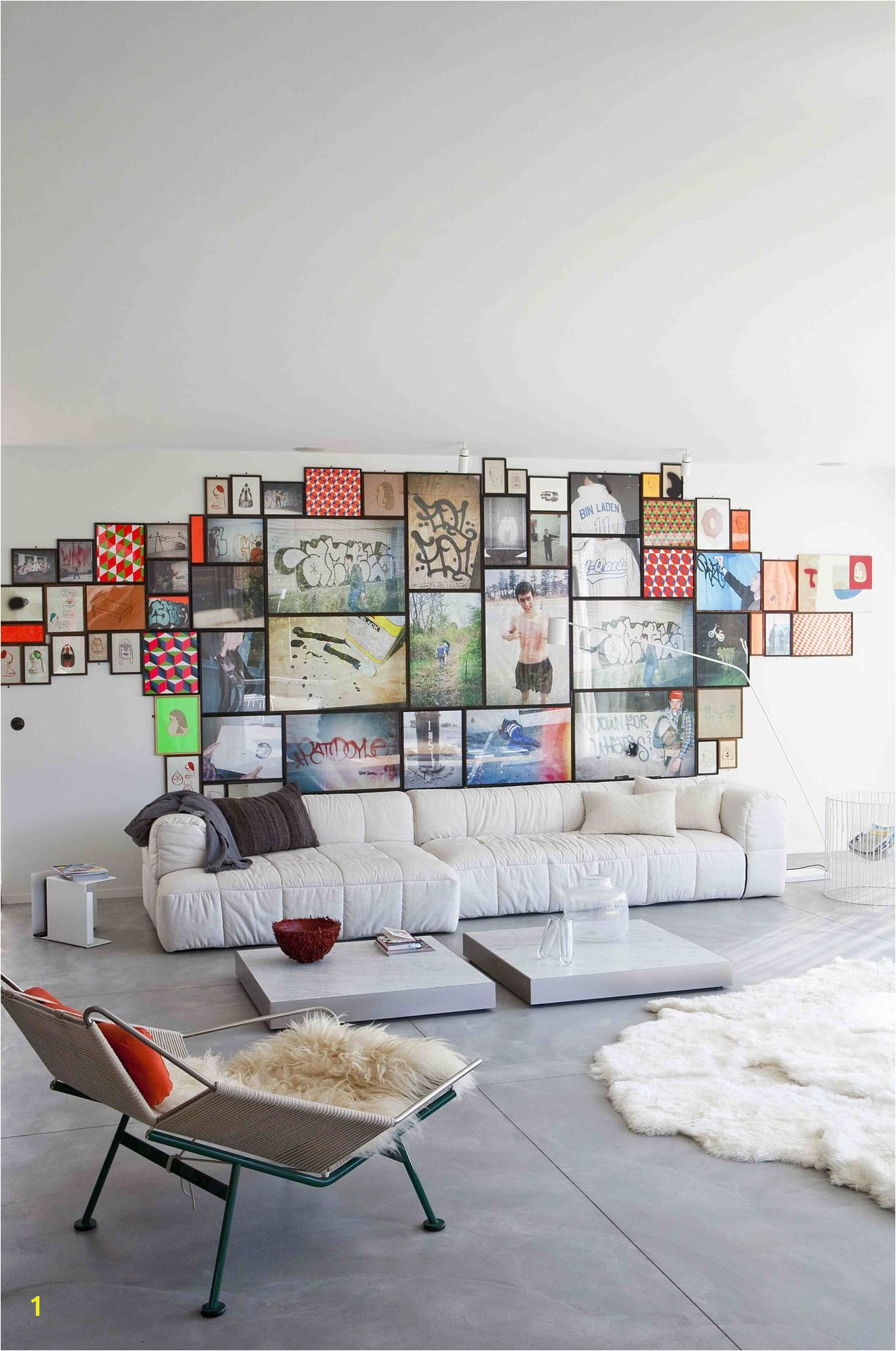 Love the framed photos art patterns put to her without space around them Really creates a whole wall art collage I need to do this to my living room