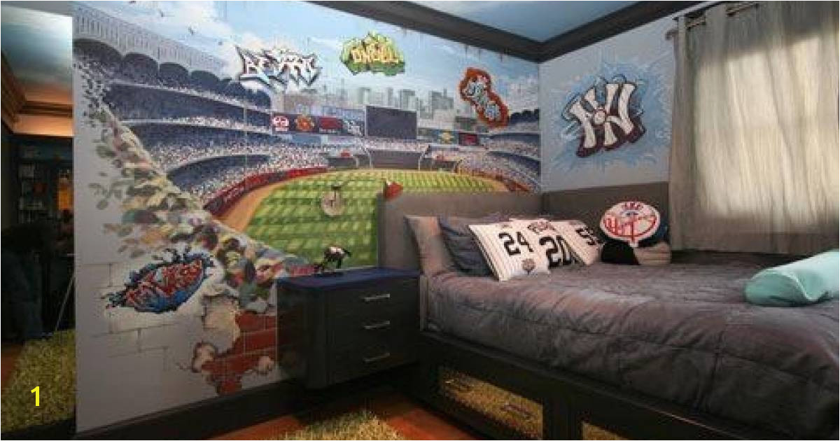 Chillin with the Yankees and the Clearest Boss Ever Morgan Mural Studios