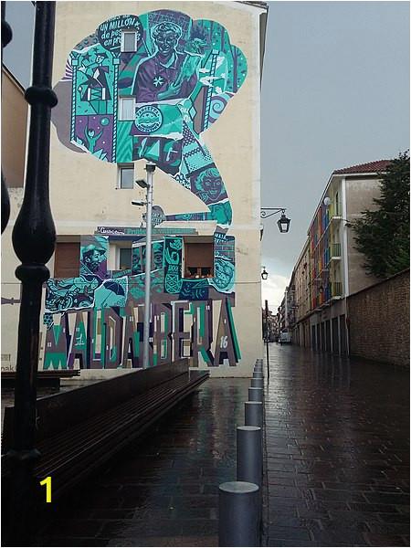 450px Calle Pintoreria mural azul