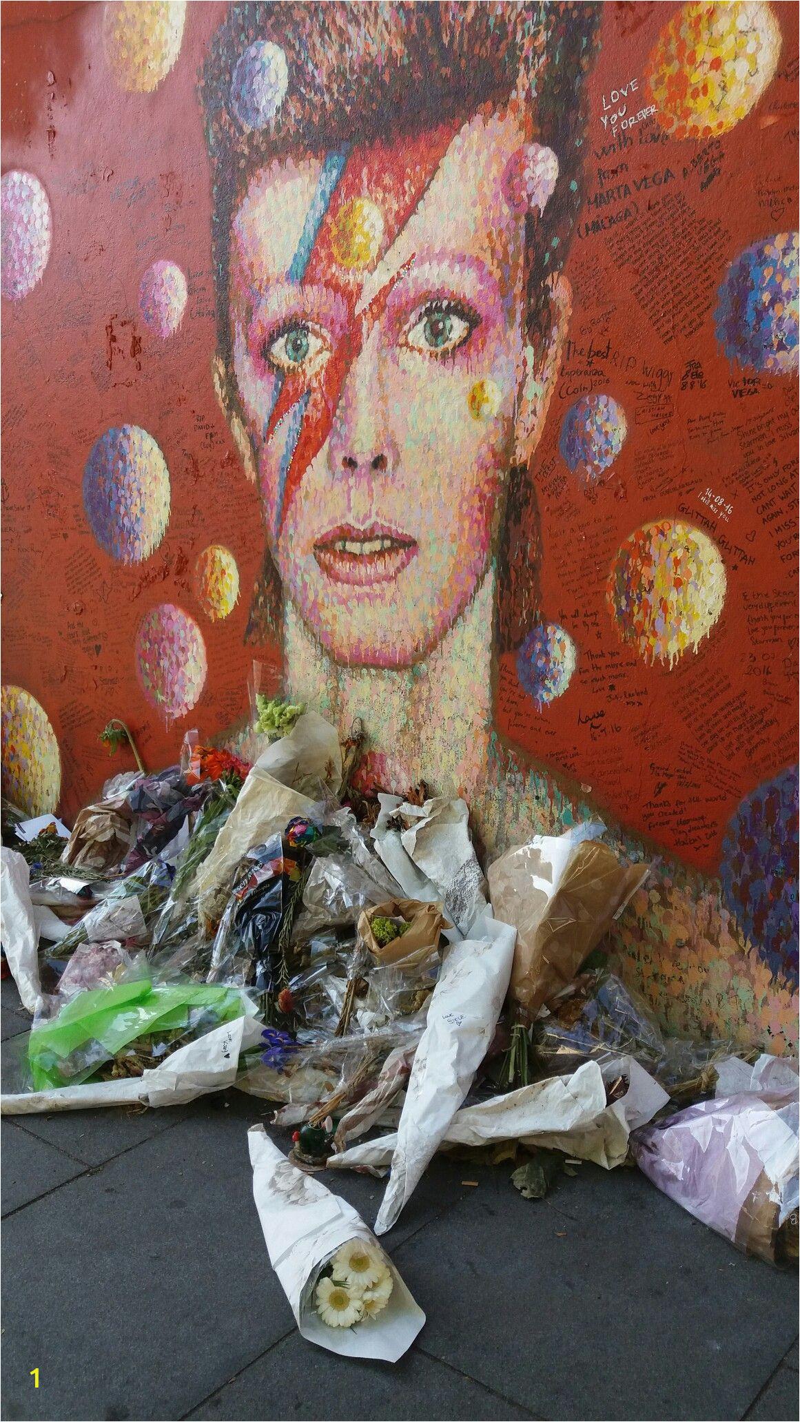 David Bowie Wall Mural Brixton Pin by Pääkki On David Bowie Memorial Wall In Brixton London