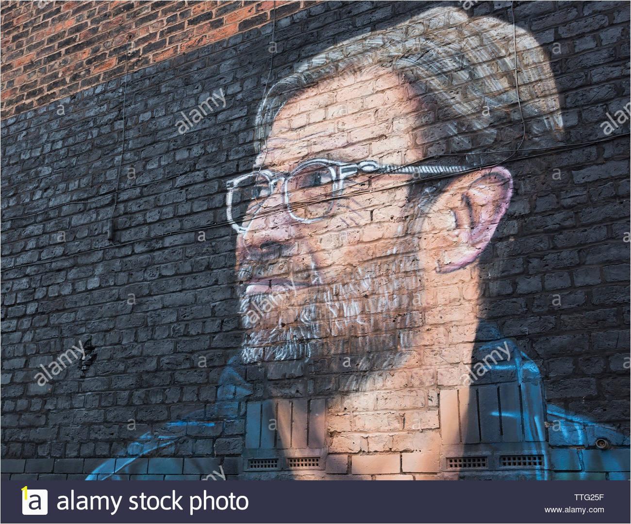 jurgen klopp manager von liverpool football club wandmalerei von street artist akse jamaica street liverpool grossbritannien ttg25f