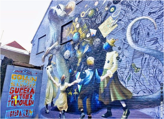 blind walls gallery mural
