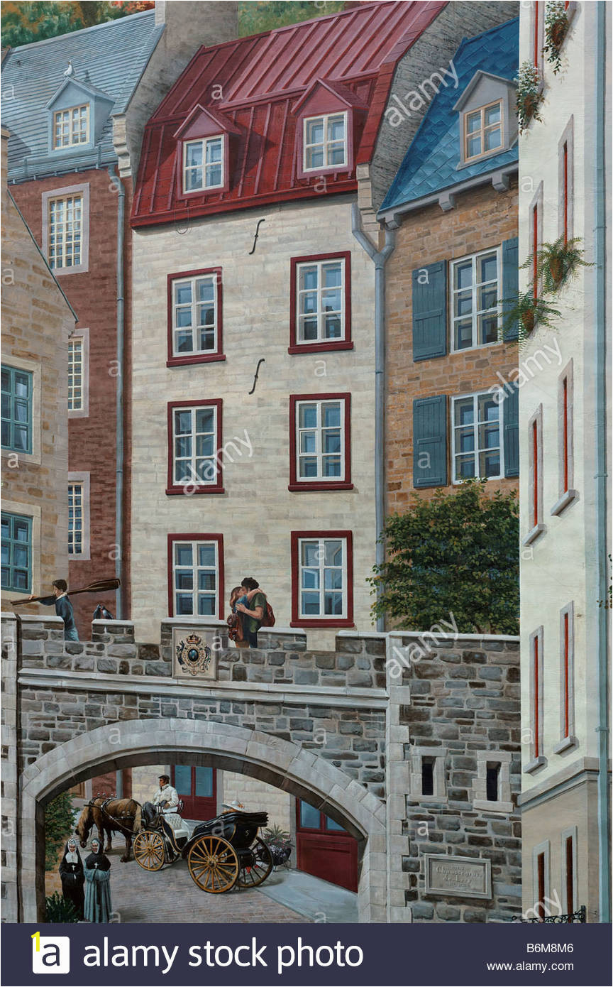 detail of a wall mural in quebec city showing a couple kissing on B6M8M6