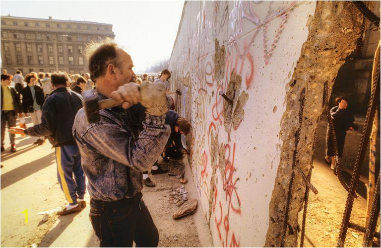 fall of the berlin wall 5ab906bc875db b5
