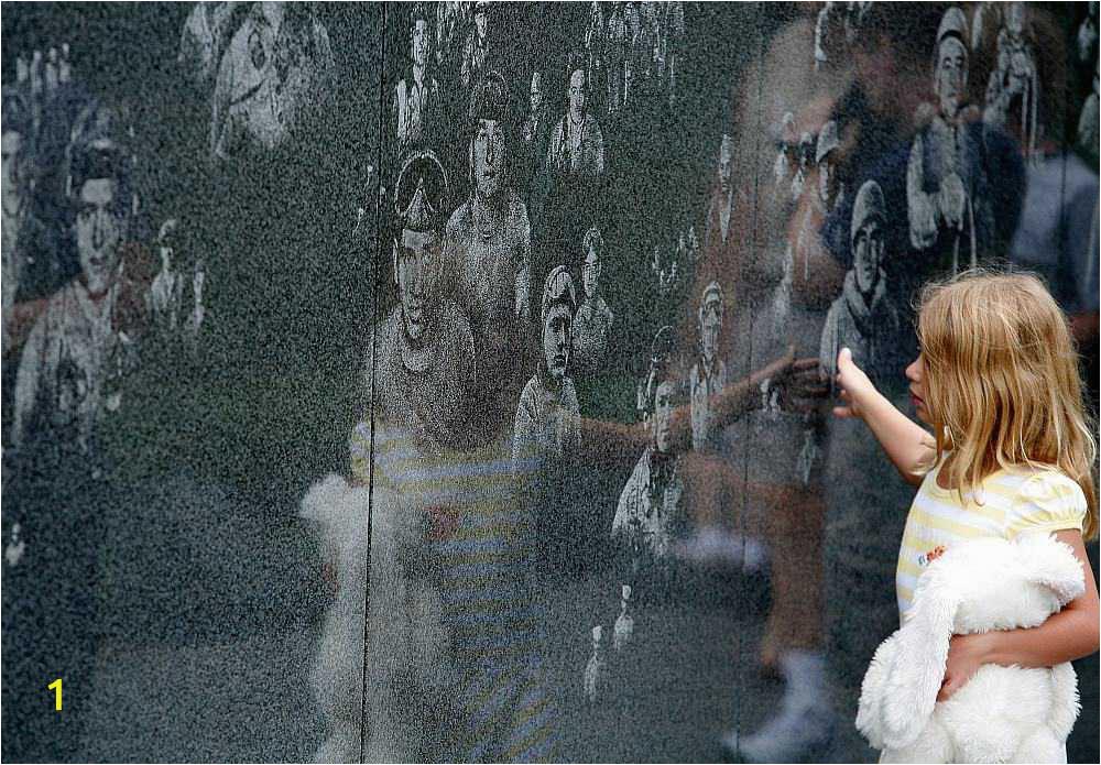 korean war memorial wall 56a232c63df78cf