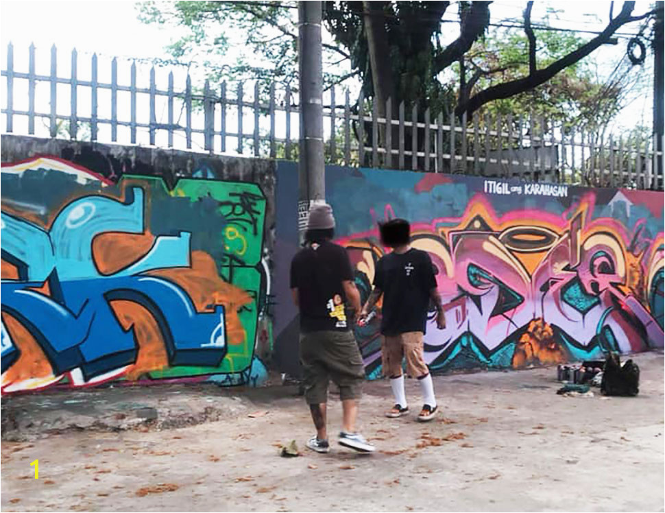 Graffiti VS Murals 02