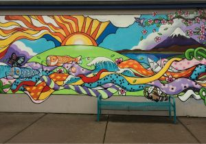 A Building Has A Mural Painted On An Outside Wall Elementary School Mural Google Search