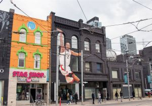 A Building Has A Mural Painted On An Outside Wall these are the People Behind toronto S Kawhi Leonard Mural