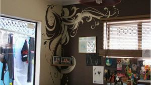 Diy Wall Mural Ideas Diy Wall Mural Between Two Different Colored Walls