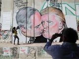 Great Wall Of China Mural Mural Of Trump Kissing Netanyahu In Bethlehem Vandalized Photos