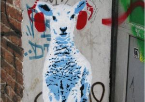 How to Paint A Mural On A Concrete Wall Via Stencil Chile Chile Streetart Simple