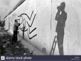 Keith Haring Berlin Wall Mural Keith Haring Stockfotos & Keith Haring Bilder Seite 2 Alamy
