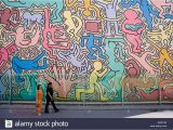 Keith Haring Wall Mural Keith Haring Pisa Stockfotos & Keith Haring Pisa Bilder Alamy