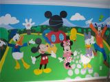 Mickey Mouse Clubhouse Mural Mickey Mouse Bedroom However I Would Like to Do the Mural as An