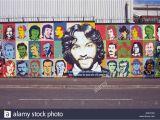 Peace Wall Belfast Murals War Mural Belfast Stockfotos & War Mural Belfast Bilder Alamy