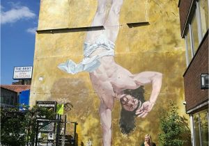 The Wall that Cracked Open Mural Bristol Street Art Guide Awesome Street Art Pinterest