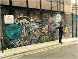 Wall Mural Artist London Dave Pointing Out All Those Details You Would Not See