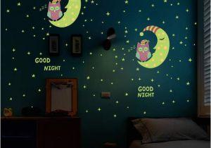 Wall Mural Glow In the Dark Us $2 64 Off Luminous Eule Mond Sterne Wand Aufkleber Sterne Leuchten Für Kinder Zimmer Glow In the Dark Wohnkultur Gute Nacht Neonlicht Wandbild